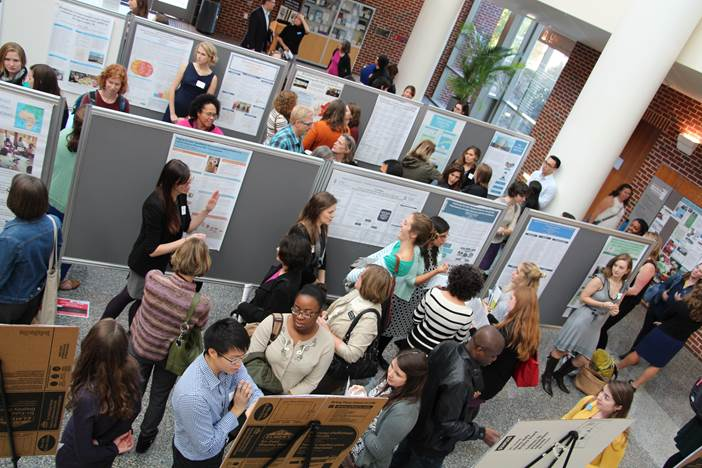 Poster session at practicum day.